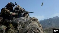آرشیف/ یکی سرباز نیروهای افغان