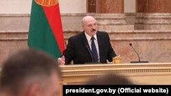 Preşedintele belarus Aleksandr Lukaşenko în Parlament, 22 aprilie 2020