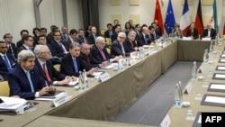 یکی از نشستهای ۱+۵ با ایران