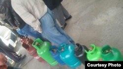 O'zbekistonliklar sovuqdan jon saqlash uchun Xitoyda ishlab chiqarilgan gaz ballonlaridan foydalanmoqda.