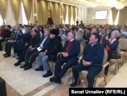 Участники собрания по инициированию референдума «Референдум — воля народа». Нур Султан, 10 ноября 2019 года.