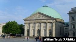 Catedrala catolică Sf. Hedwiga la Berlin