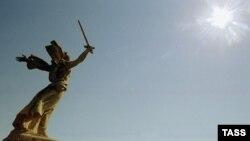 Мамаев курган - священное место для всех участников великой битвы и тех, кто помнит их подвиг