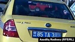 Naz Lifan avtomobili taksi xidmətində.