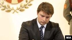 Ministri i Informacionit në Maqedoni, Ivo Ivanovski, 03 Janar 2012
