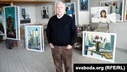 Леанід Шчамялёў у сваёй майстэрні