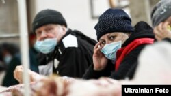Ilustrim i përpjekjeve për mbrojtje nga gripi në Ukrainë