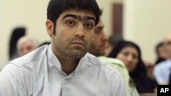 Jamali Fashi at his trial in Tehran in August