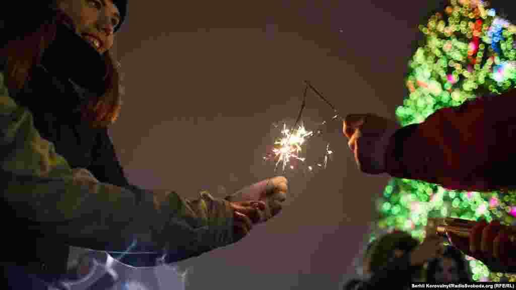 Дехто вже зараз готовий святкувати Новий рік