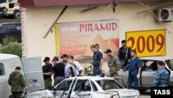 Imagine de la locul atentatului sinucigaș de la Groznîi