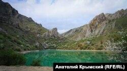 Голубая поляна: прогулка по крымскому каньону Кок-Асан (фотогалерея)