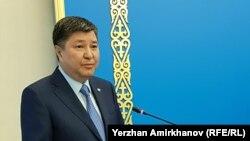Председатель Верховного суда Казахстана Жакип Асанов. Астана, 26 января 2018 года.