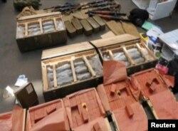 Зброя, вилучена у затриманого громадянина Франції