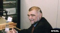 Stjepan Mesić u studiju RSE, 21.12.2002.