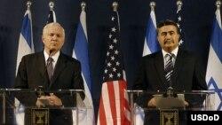 رابرت گيتس و امير پرتز، وزيران دفاع آمريکا و اسراييل