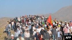 Протести на Курдите во Турција