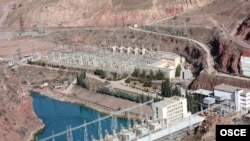 The Nurek hydroelectric power station is part of the Vakhsh River complex.