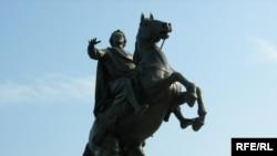 Памятник Петру Первому в Петербурге