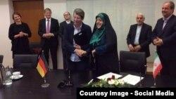 معصومه ابتکار رئیس سازمان محیط زیست ایران و بابارا هندریکس وزیر محیط زیست آلمان