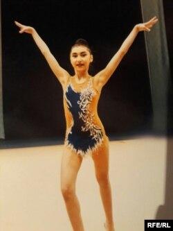O'zbek gimnastikachisi Shahrizoda Arzimatova.