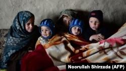 ارشیف، د افغان کډوالو ماشومانو یو انځور