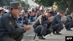 Айт намазы учурунда тартылган сүрөт, 2015-жыл, 24-сентябрь