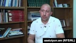 Политический обозреватель Акоп Бадалян (архив)