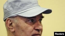Ratko Mladić izbačen iz sudnice Haškog tribunala