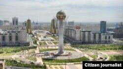 Астанадағы Бәйтерек ескерткіші орналасқан алаң.