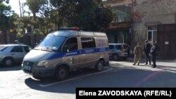 Министр внутренних дел пообещал, что все обстоятельства смерти задержанного и вина каждого сотрудника будут установлены