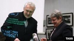 Սվետլանա Գաննուշկինան ստանում է «այլընտրանքային նոբելյան մրցանակը»