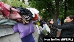Лагерь участников акции оппозиции на Чистых прудах