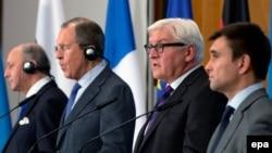 Фаб'юс, Лавров, Штайнмаєр і Клімкін (л -> п) під час однієї з попередніх зустрічей у «нормандському форматі»
