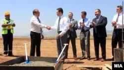"""Премиерот Никола Груевски присуствува на почетокот на изградбата на фабрика за автобуси од белгиската компанија """"Ван Хол"""""""