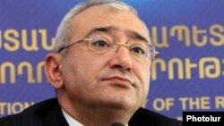 Председатель ЦИК Армении Тигран Мукучян