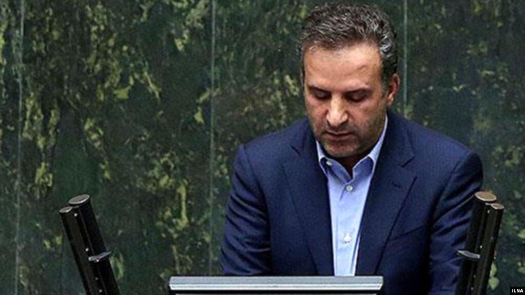 انتقاد شدید نماینده شیراز: حسن روحانی نامگذاری «روز کوروش» را امنیتی کرده است