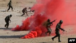 Afghan National Army soldiers participate in a combat training exercise. (file photo)