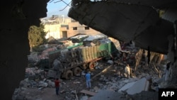 Konvojet me ndihma që u sulmuan në qytetin Alepo të Sirisë