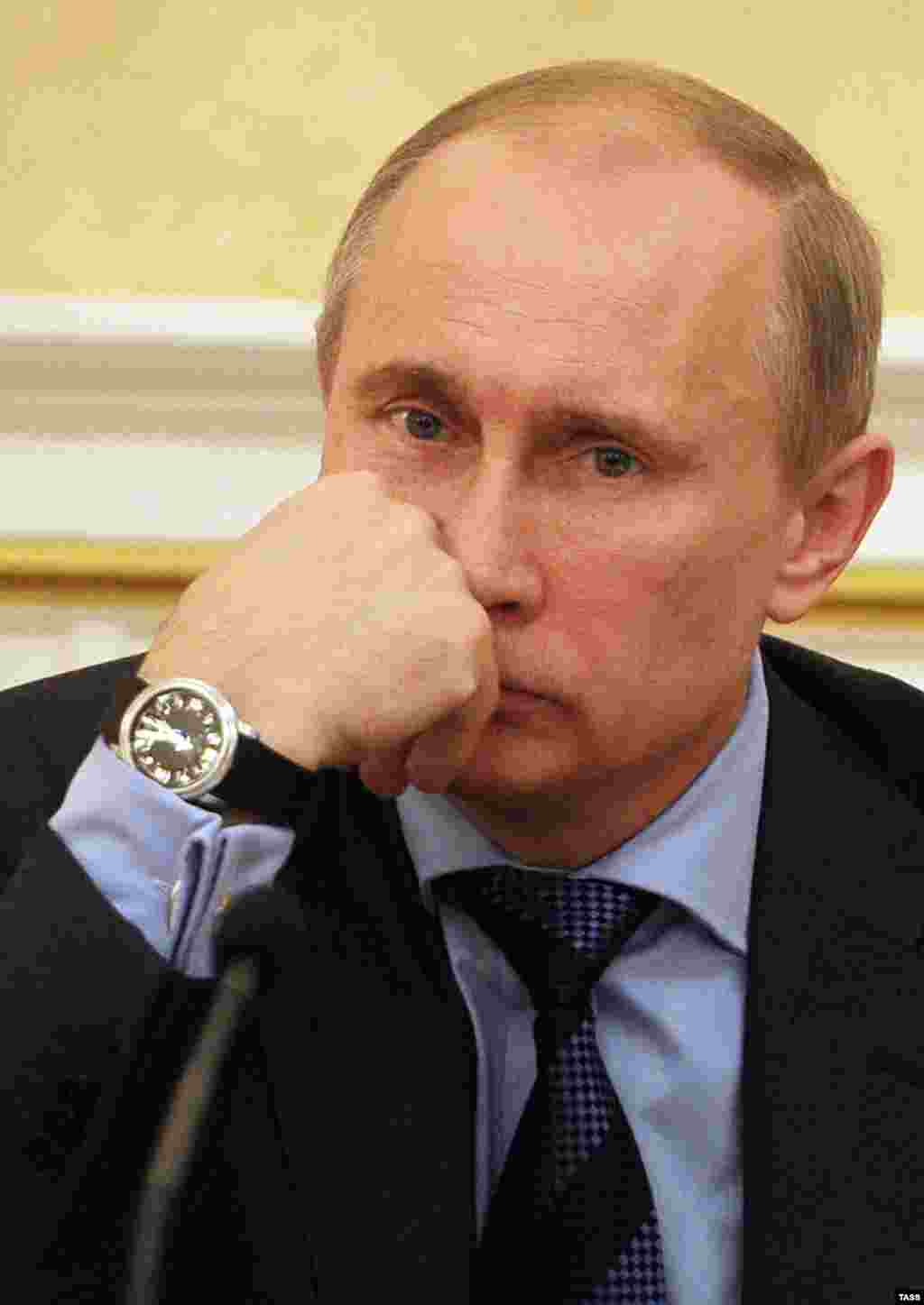 Putin reportedly has a large collection of luxury watches, including some made by the Swiss watchmaker Blancpain. His collection is reputed to be worth nearly $700,000.