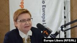 Ludmila Vasilache în studioul Europei Libere (Foto: Valentina Basiul).