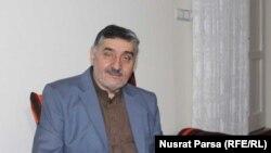 جنرال عبدالواحد طاقت در زمان حکومت نجیب الله مسئول بخشی از خاد «خدمات امنیت دولتی» بود