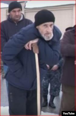 Выдворенный из Чечни Асланбек Бахарчиев скончался в Калмыкии