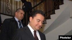 Ալի Բաբաջանը Երեւանում, 16 ապրիլի, 2009