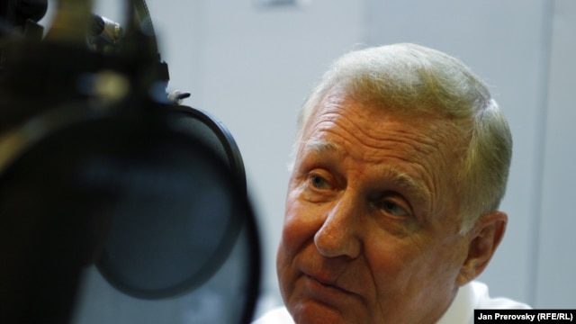 Czech Republic – U.S. Republican Congressman Dan Burton during an interview with at RFE/RL headquarters in Prague, 20May2011