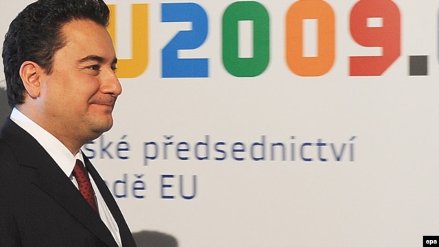 Czech Republic -- Turkish Foreign Minister  Ali Babacan arrives for EU Troika - Turkey plenary meeting of ministers, in Prague, 21Apr2009