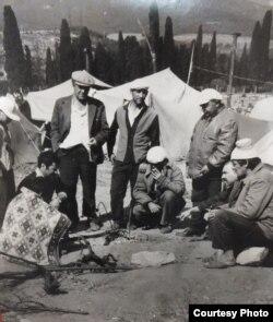 Через 18 часов палаточный лагерь в местности Красный Рай будет разгромлен. 9 июля 1992 года