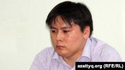 Руководитель молодежного движения «Рух пен тил» Жанболат Мамай. Алматы, 7 июля 2011 года.