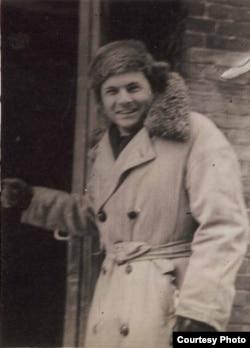 Кирилл Хенкин. 1943 год