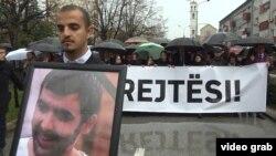 Sahrana aktiviste Samoopredeljenja Astrita Deharija