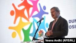 Johanes Han u Beogradu gde mu je uručeno priznanje ambasadora Sportskih igara mladih